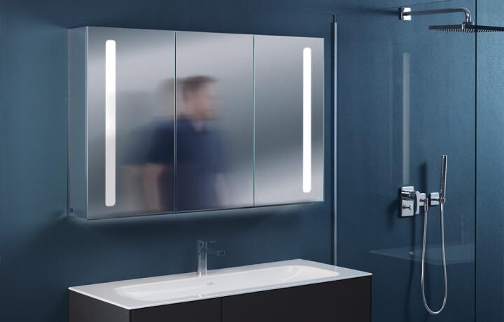 Зеркальные шкафы и зеркала